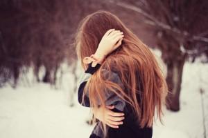 Sad-Girl-Alone-In-Winter-8